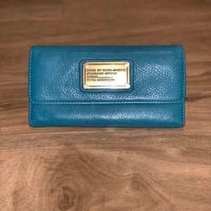 Marc Jacobs Aqua Wallet